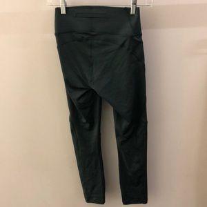 Outdoor Voices Pants - Outdoor Voices green TechSweat 3/4 legging, sz xs